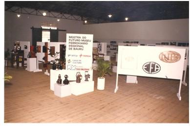 Mostra de 1986, nas dependências do armazém da Companhia Paulista